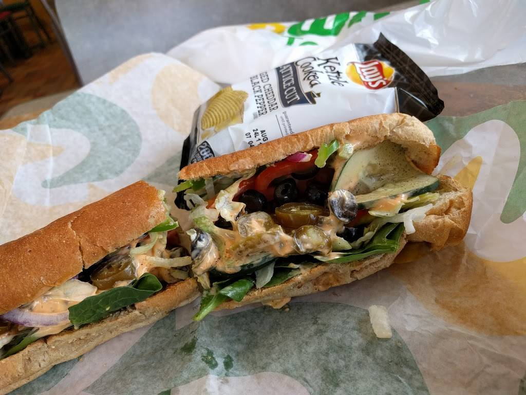 Subway | restaurant | 659 S Regional Rd, Greensboro, NC 27409, USA | 3368821554 OR +1 336-882-1554