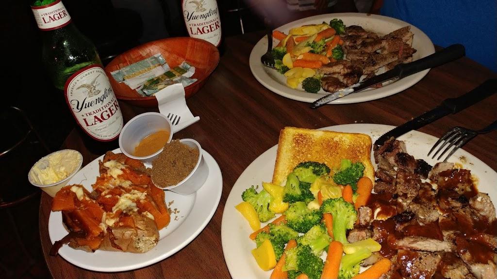 Austins Q&A | restaurant | 651 AL-28, Livingston, AL 35470, USA