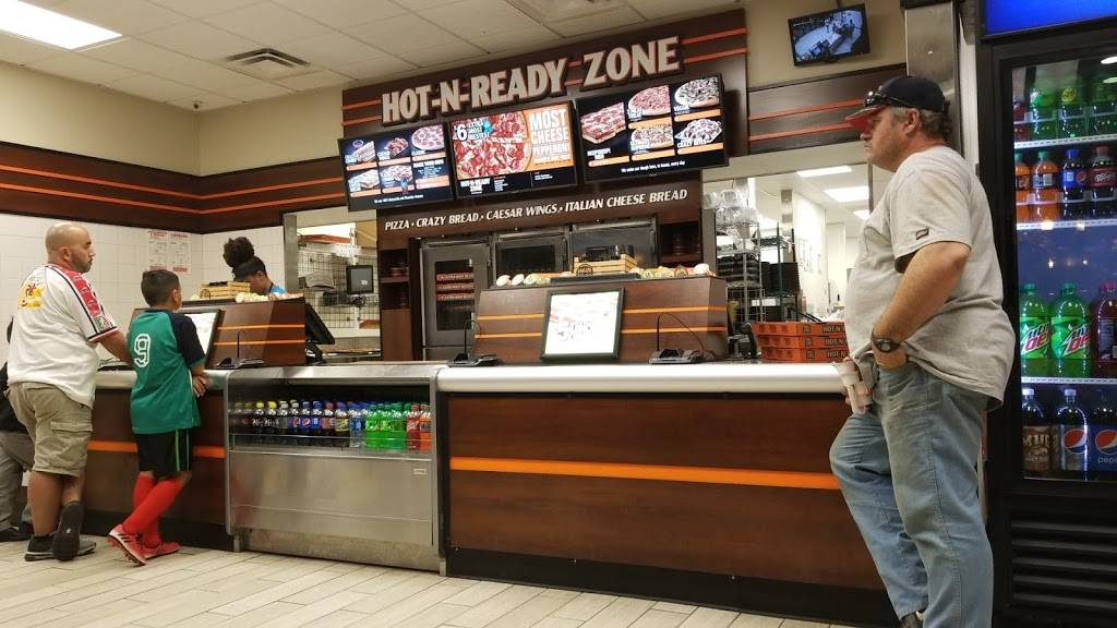 Little Caesars Pizza | meal takeaway | 6233 Hohman Ave, Hammond, IN 46324, USA | 2199330158 OR +1 219-933-0158