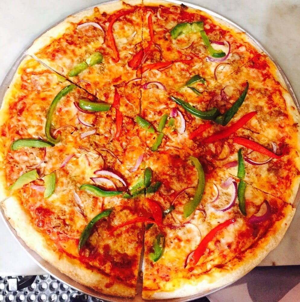 Yankee Pizza | restaurant | 181 Loisaida Ave, New York, NY 10009, USA | 6467603334 OR +1 646-760-3334