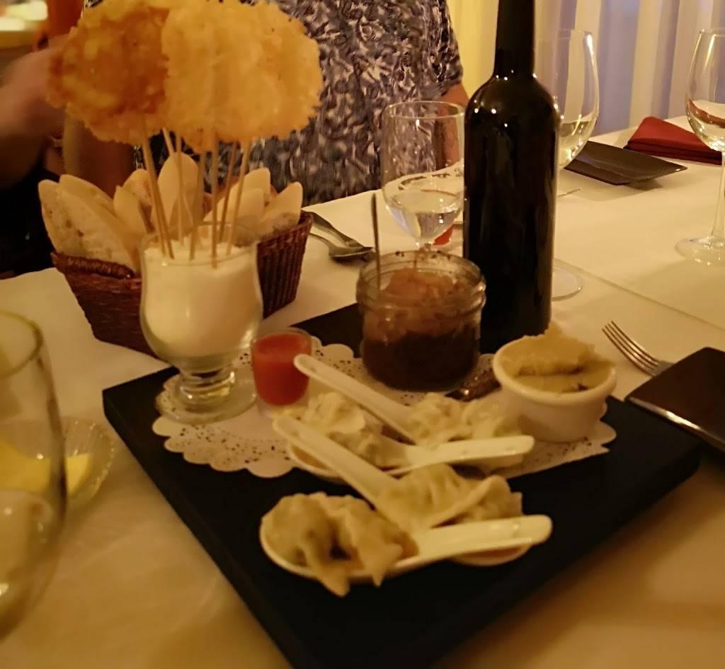 Restaurant Alyce | restaurant | 127 Rang de la Baie, Saint-Sébastien, QC J0J 2C0, Canada | 4502445479 OR +1 450-244-5479