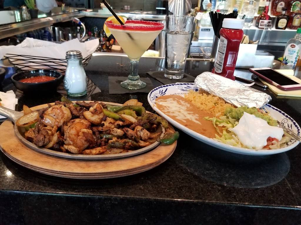 Campestre Mexican Bar and Grill | restaurant | 910 Beaumont Centre Pkwy, Lexington, KY 40513, USA | 8593687779 OR +1 859-368-7779