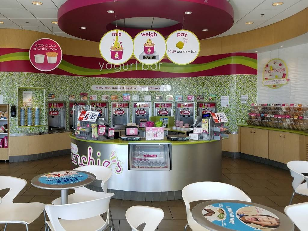 Menchies Frozen Yogurt | bakery | 353 S Cedar Crest Blvd, Allentown, PA 18103, USA | 6108411900 OR +1 610-841-1900