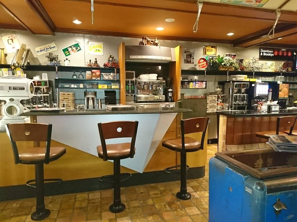 Gotham City Diner   meal takeaway   550 Bergen Blvd, Ridgefield, NJ 07657, USA   2019435664 OR +1 201-943-5664