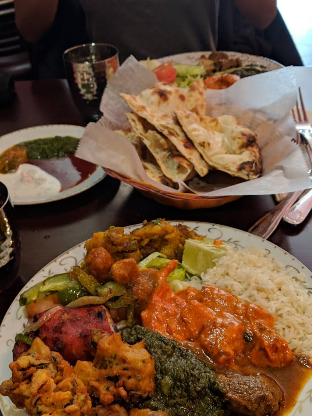 Tadka Indian Cuisine | meal takeaway | 13-15 43rd Ave, Long Island City, NY 11101, USA | 7187847444 OR +1 718-784-7444