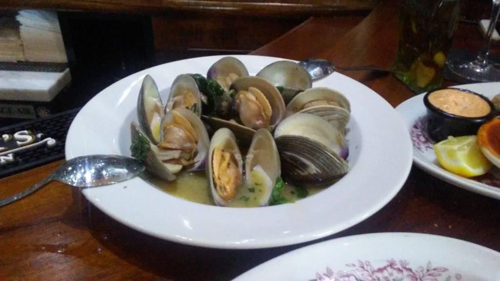The Lincoln Lounge | restaurant | 209 Stevens Ave, Mt Vernon, NY 10550, USA | 9146649747 OR +1 914-664-9747