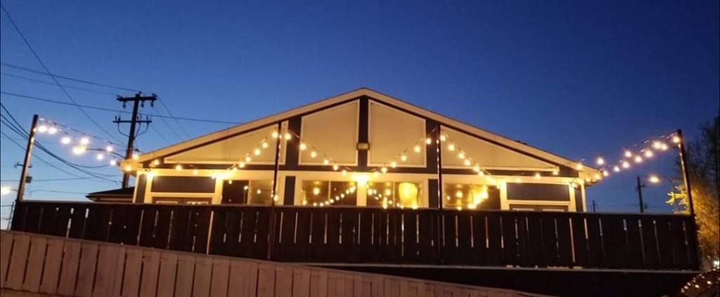Sharkey's Grill & Ale House | restaurant | 7401 State Rd., Philadelphia, PA 19136, USA | 2156138944 OR +1 215-613-8944