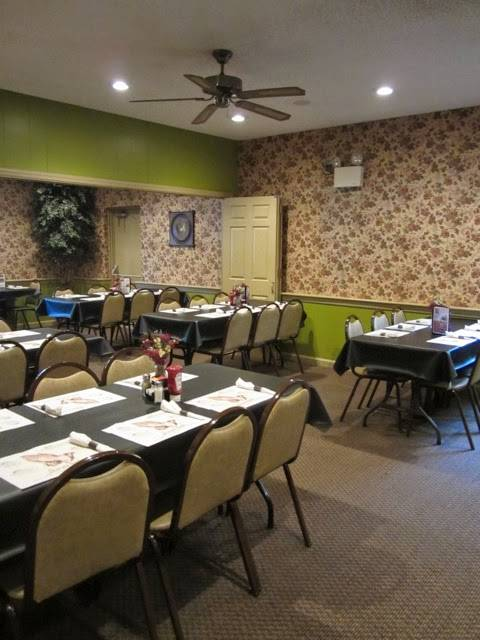 Lititz Family Cupboard | restaurant | 12 W Newport Rd, Lititz, PA 17543, USA | 7176269102 OR +1 717-626-9102