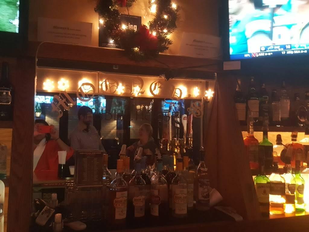 Mooneys Public House | restaurant | 82-11 Eliot Ave, Middle Village, NY 11379, USA | 7184768444 OR +1 718-476-8444