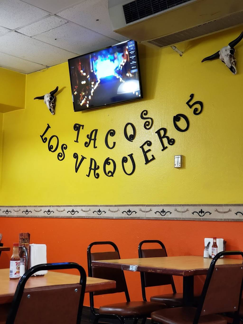 Tacos Los Vaqueros | restaurant | 1880 W 92nd Ave, Federal Heights, CO 80260, USA | 3034290925 OR +1 303-429-0925