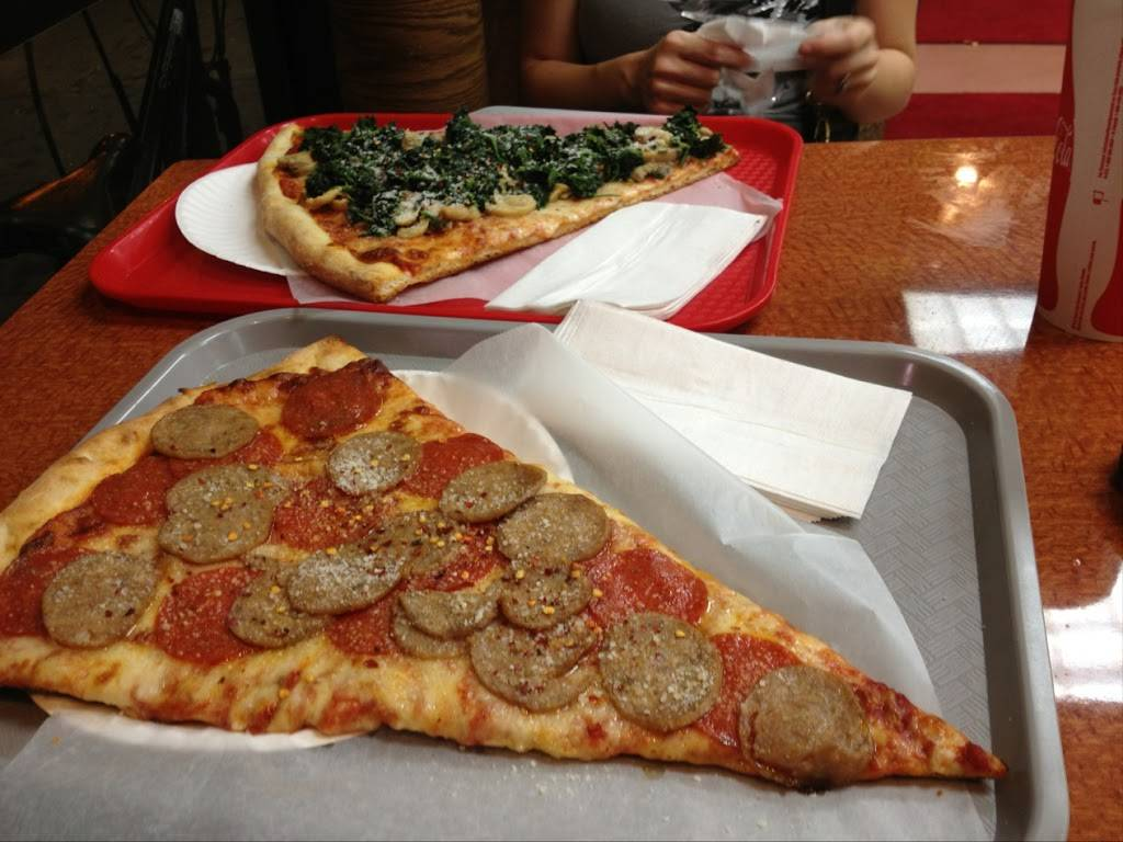 Koronet Pizza | meal delivery | 7816 2848, Broadway, New York, NY 10025, USA | 2122221566 OR +1 212-222-1566