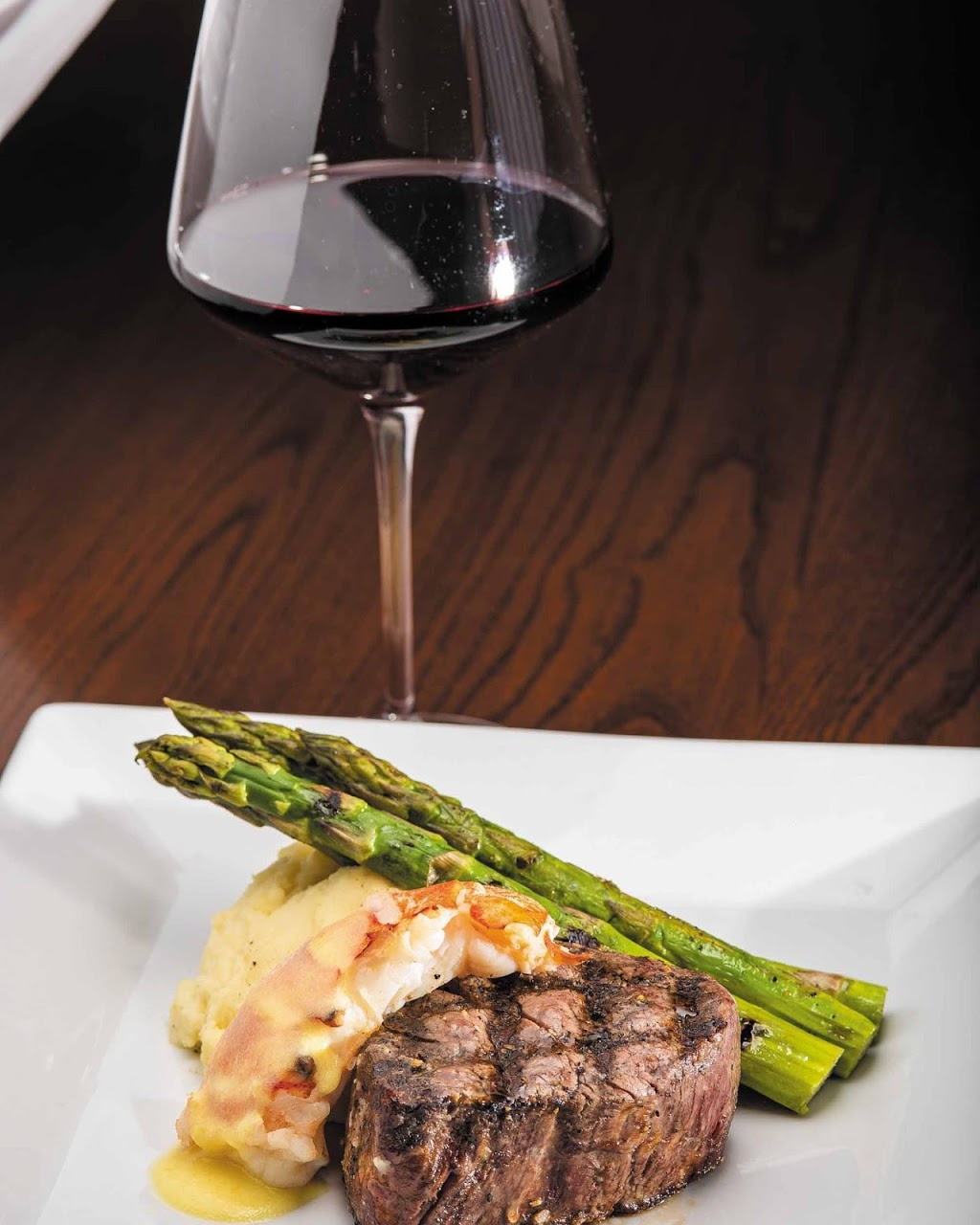 Oscars Oceanside   restaurant   2613 Atlantic Ave, Virginia Beach, VA 23451, USA   7575245448 OR +1 757-524-5448