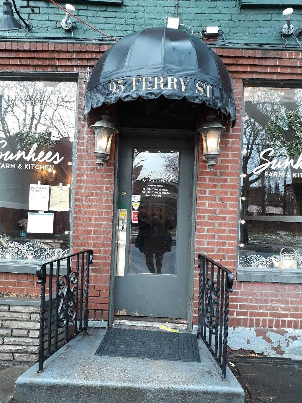 Sunhee S Farm And Kitchen Restaurant 95 97 Ferry St Troy Ny 12180 Usa