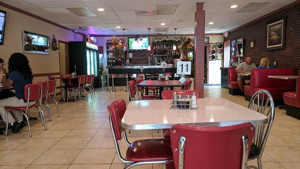 Fernandas Grill & Pizzeria | restaurant | 127 Main St, Thomson, GA 30824, USA | 7065952625 OR +1 706-595-2625