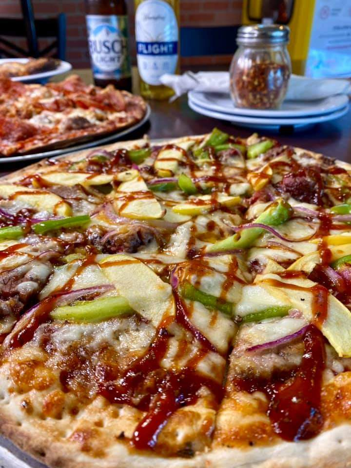 Dontaes on Main Pizza Parlor   restaurant   606 N Main St, Evansville, IN 47711, USA   8124378081 OR +1 812-437-8081