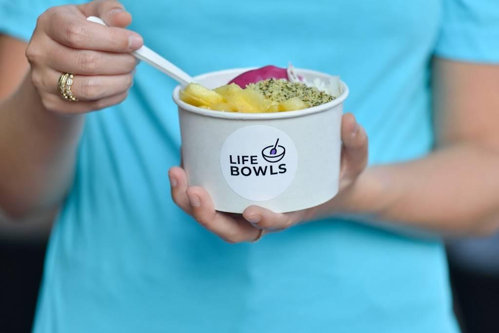 Life Bowls   restaurant   97 Orange St, New Haven, CT 06510, USA   2038916430 OR +1 203-891-6430