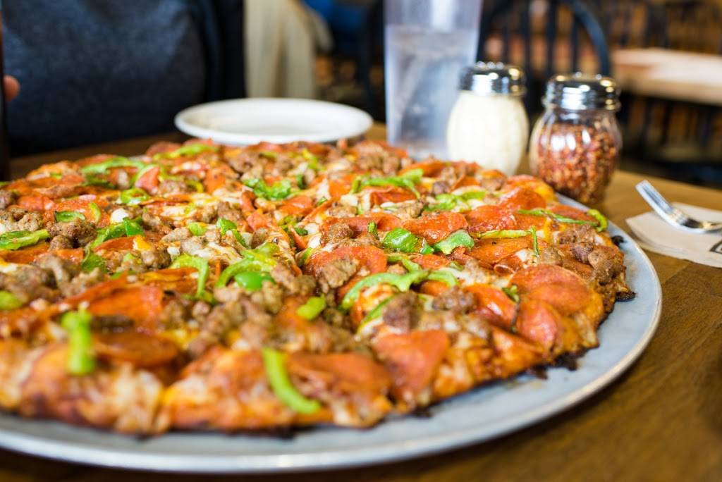 Abbys Legendary Pizza | meal delivery | 1976 Echo Hollow Rd, Eugene, OR 97402, USA | 5416899693 OR +1 541-689-9693