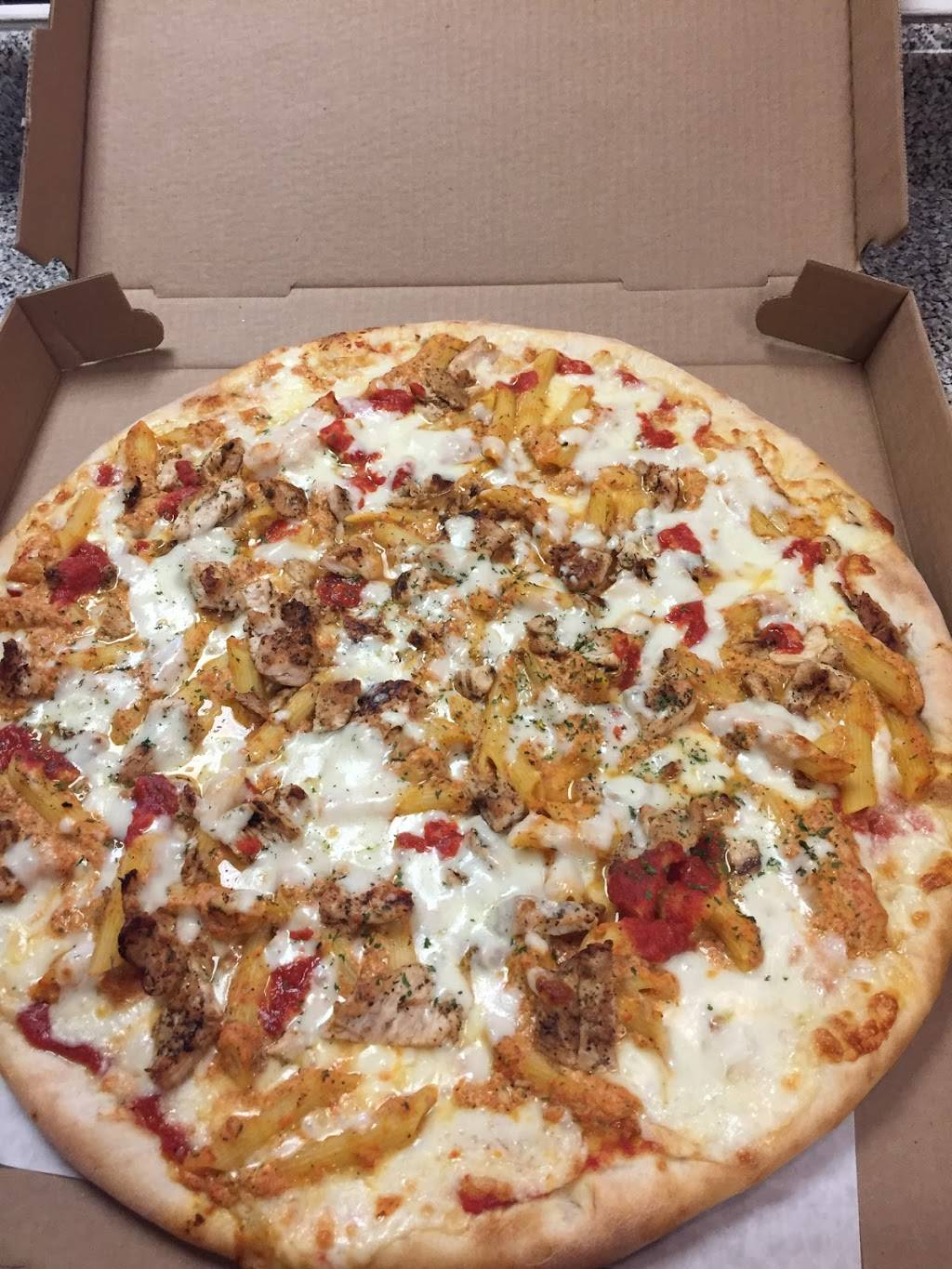 Yanis Pizza | restaurant | 202 North St, Middletown, NY 10940, USA | 8452394746 OR +1 845-239-4746