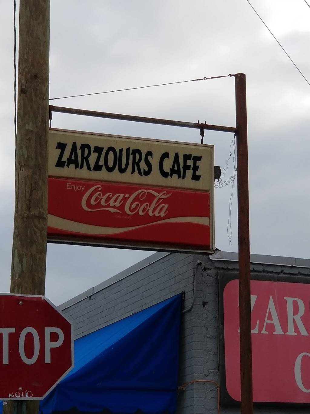Zarzours   restaurant   1627 Rossville Ave, Chattanooga, TN 37408, USA   4232660424 OR +1 423-266-0424