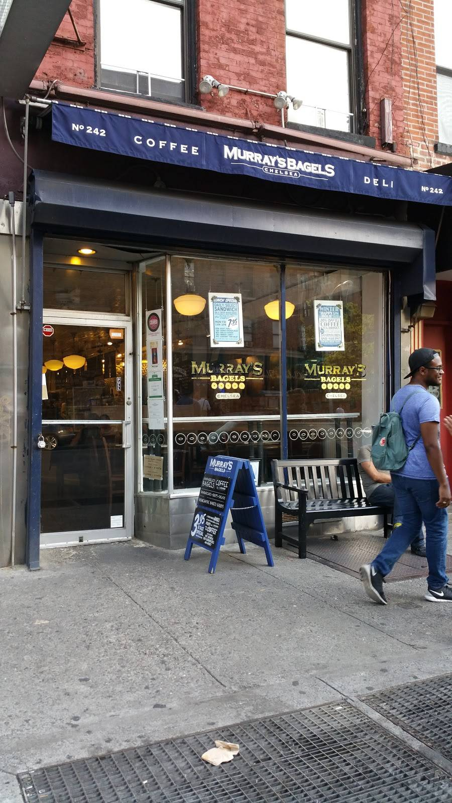 Murrays Bagels | cafe | 242 8th Ave, New York, NY 10011, USA | 6466381335 OR +1 646-638-1335