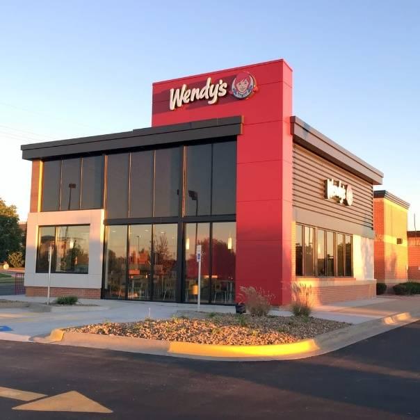 Wendys   restaurant   725 Newtown Rd, Norfolk, VA 23502, USA   7574669370 OR +1 757-466-9370