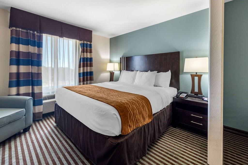 Comfort Inn & Suites Perry I-35 | restaurant | 3112 Fir St, Perry, OK 73077, USA | 5803363800 OR +1 580-336-3800