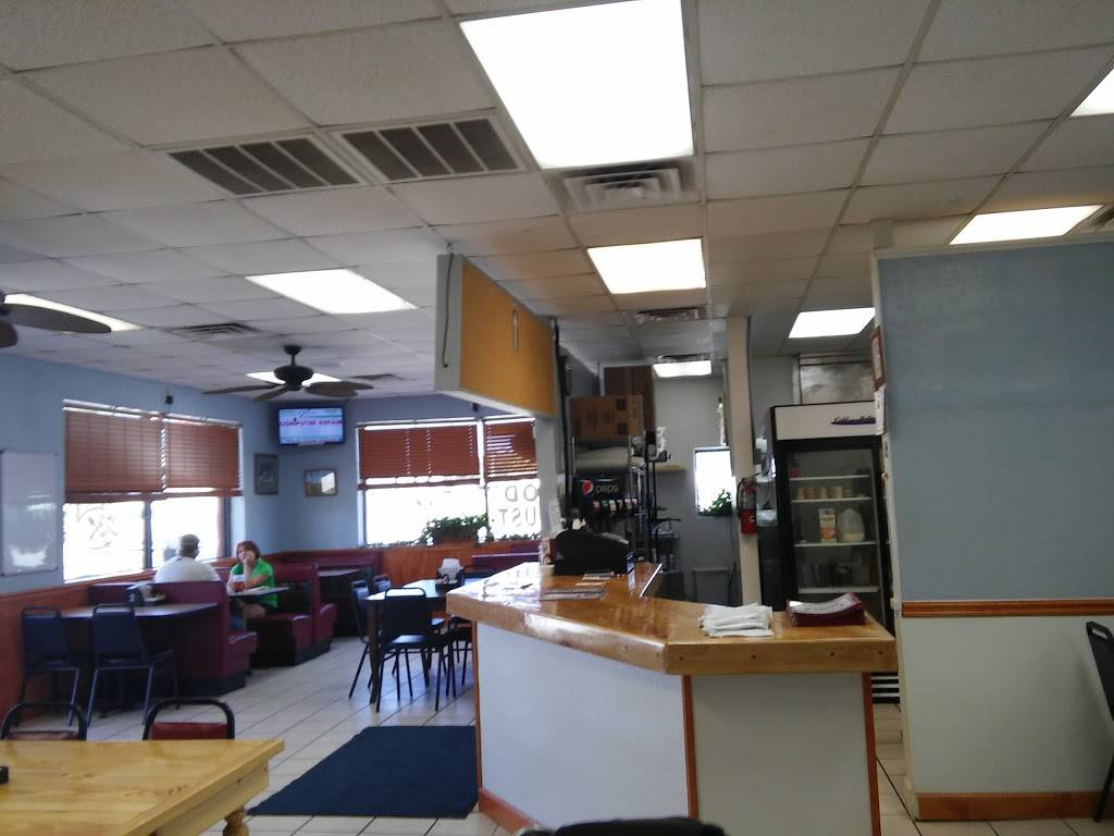 City Café | cafe | 204 US-17, Holly Ridge, NC 28445, USA | 9103294321 OR +1 910-329-4321