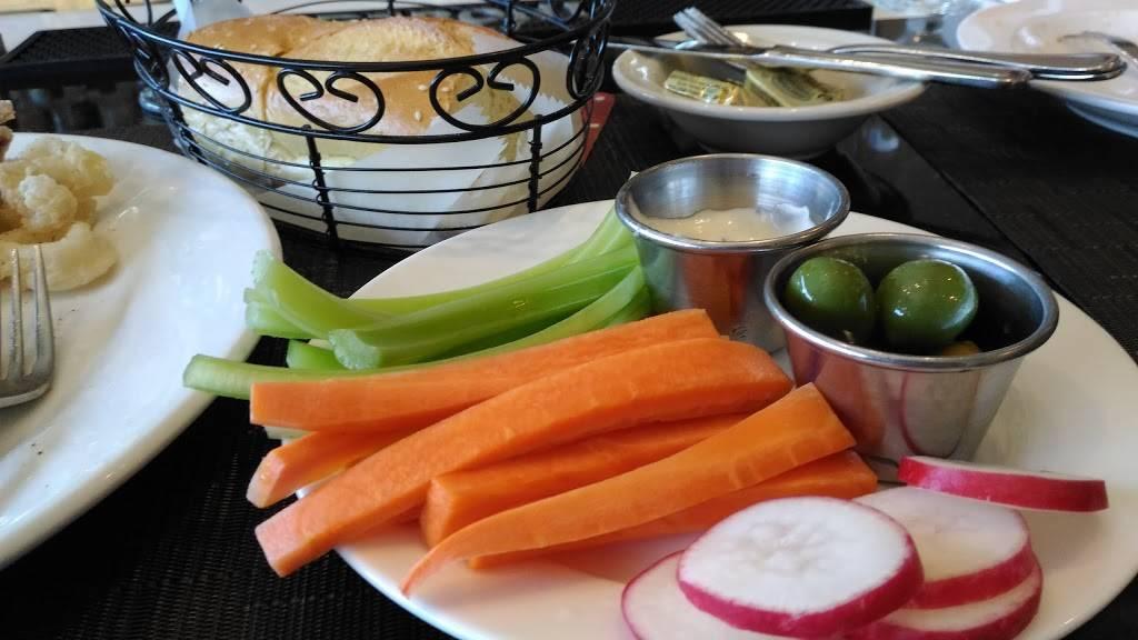 Armondos | restaurant | 7316 Northern Blvd, Jackson Heights, NY 11372, USA | 7188980113 OR +1 718-898-0113