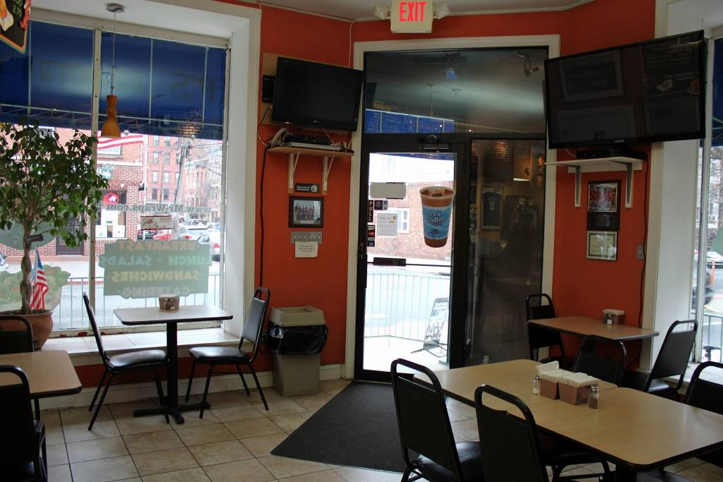 Mr. Wraps | restaurant | 741 Garden St, Hoboken, NJ 07030, USA | 2013863200 OR +1 201-386-3200