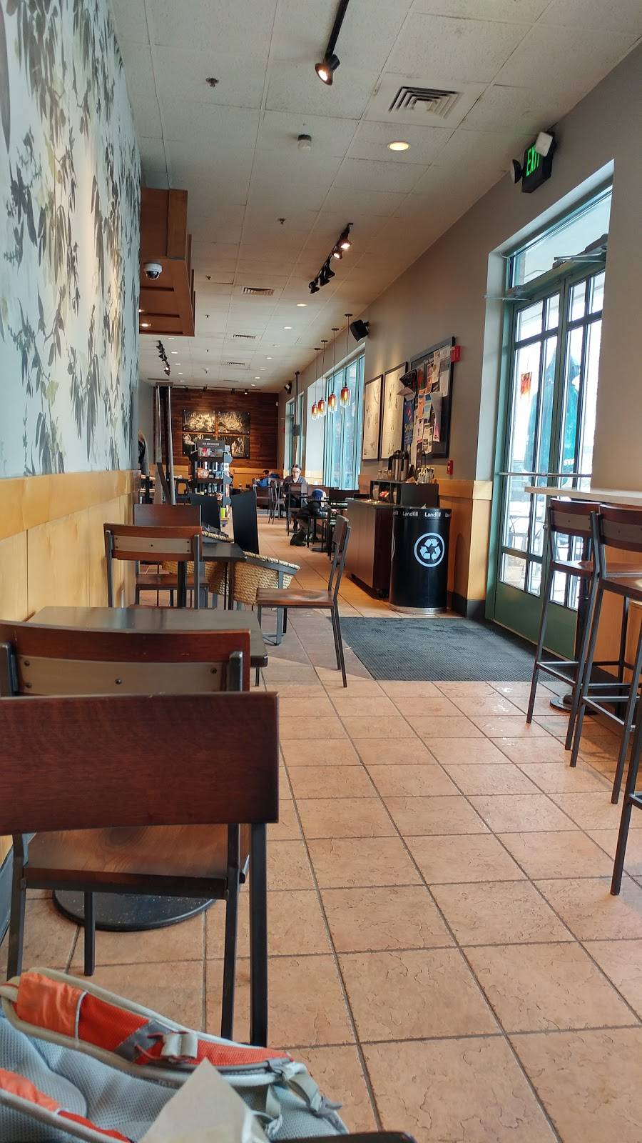 Starbucks | cafe | 21 River Rd Suite 100, Wilton, CT 06897, USA | 2037610408 OR +1 203-761-0408