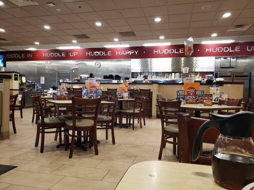 Huddle House   meal takeaway   5018 S Lincoln Ave, York, NE 68467, USA   4023621009 OR +1 402-362-1009