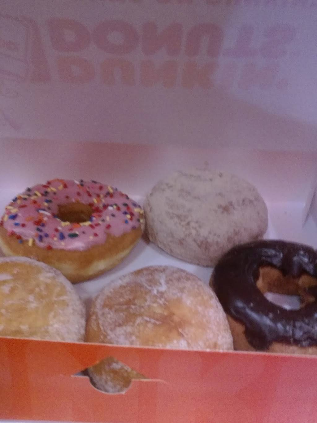 Dunkin | bakery | 6026 Washington Ave, Racine, WI 53406, USA | 2628840404 OR +1 262-884-0404
