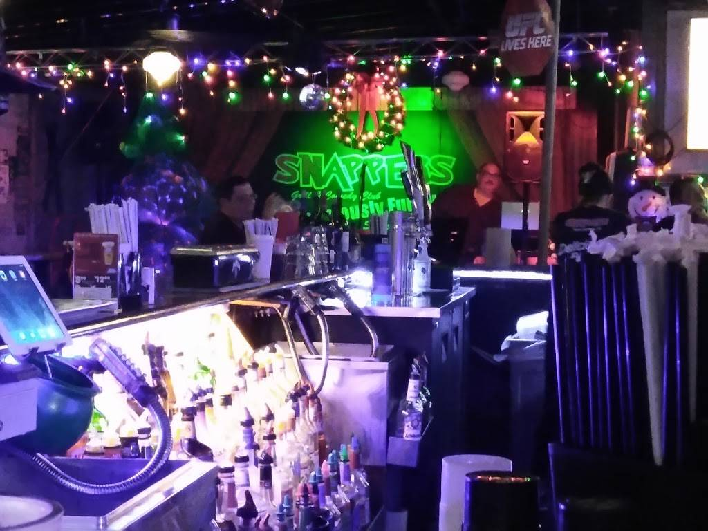Snappers Grill & Comedy Club   restaurant   36657 US Hwy 19 N, Palm Harbor, FL 34684, USA   7279382027 OR +1 727-938-2027