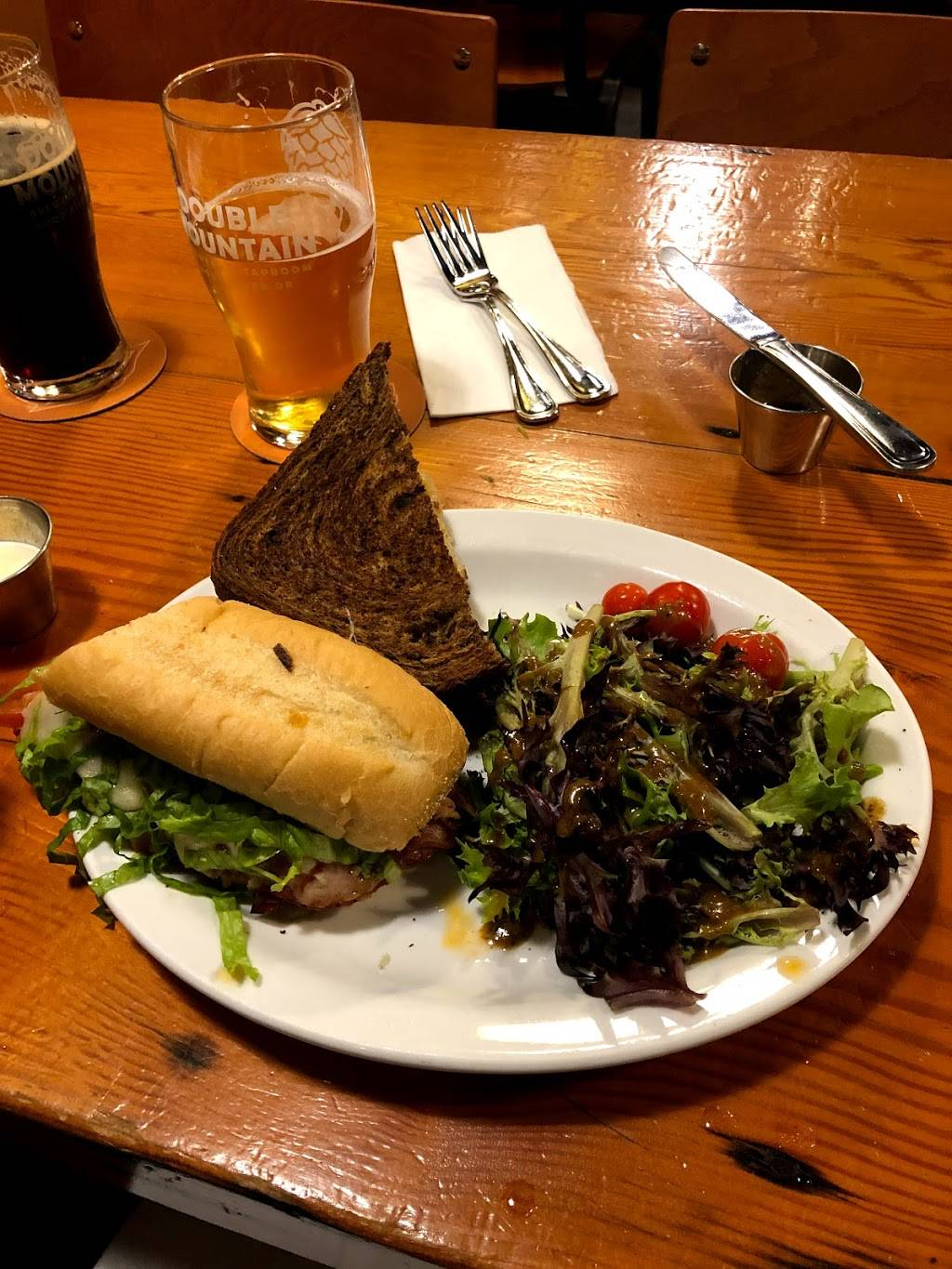 Double Mountain Taproom   restaurant   4336 SE Woodstock Blvd, Portland, OR 97206, USA   5032065495 OR +1 503-206-5495