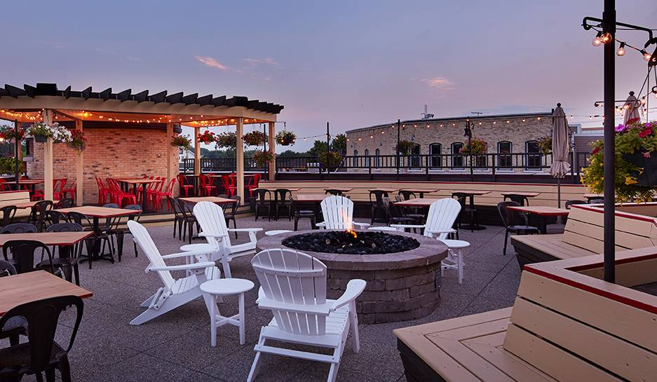 The Lone Girl Brewing Company | restaurant | 114 E Main St #101, Waunakee, WI 53597, USA | 6088507175 OR +1 608-850-7175