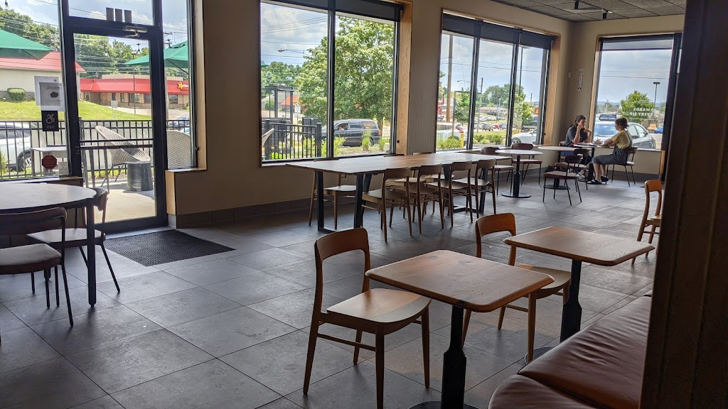 Starbucks | cafe | 987 Coshocton Ave, Mt Vernon, OH 43050, USA | 7407372053 OR +1 740-737-2053