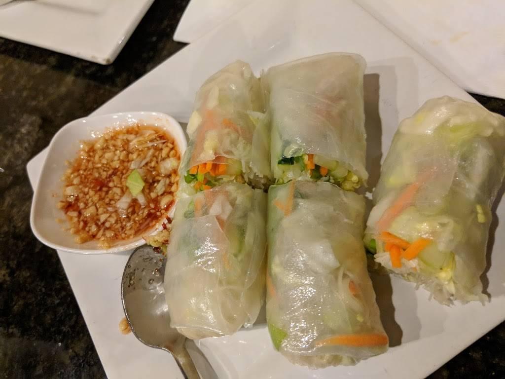 Bangkok Kitchen Restaurant 1905 Farnam St Omaha Ne 68102 Usa