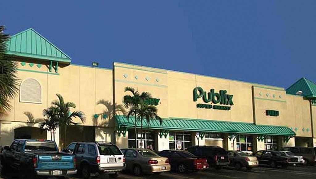 Young Circle Shopping Center   shopping mall   100-1735 E Young Cir, Hollywood, FL 33020, USA   3059471664 OR +1 305-947-1664