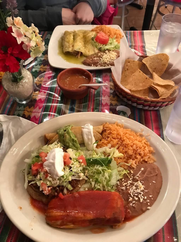 Fiesta Mexicana Restaurant | restaurant | 3604, 4806 N Broadway, Chicago, IL 60640, USA | 7737694244 OR +1 773-769-4244