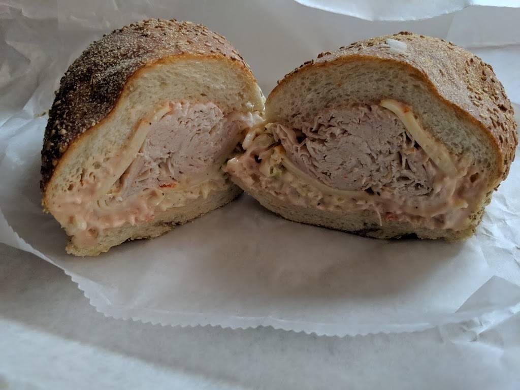 Brennans Delicatessen of Middletown | restaurant | 212 NJ-35, Red Bank, NJ 07701, USA | 7328421200 OR +1 732-842-1200