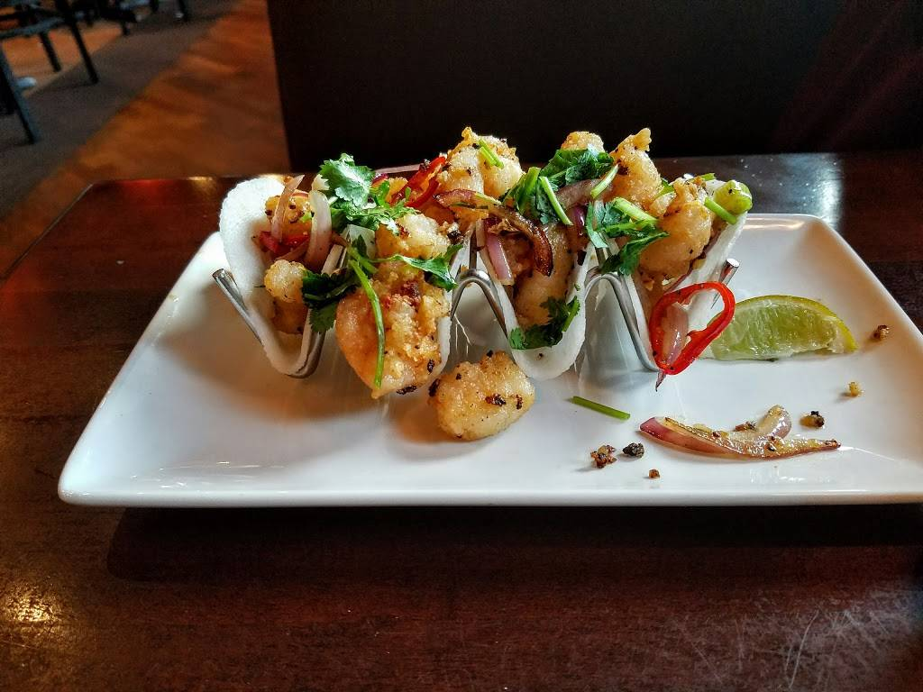 P.F. Changs | restaurant | 10 Port Imperial Blvd, West New York, NJ 07093, USA | 2018667790 OR +1 201-866-7790