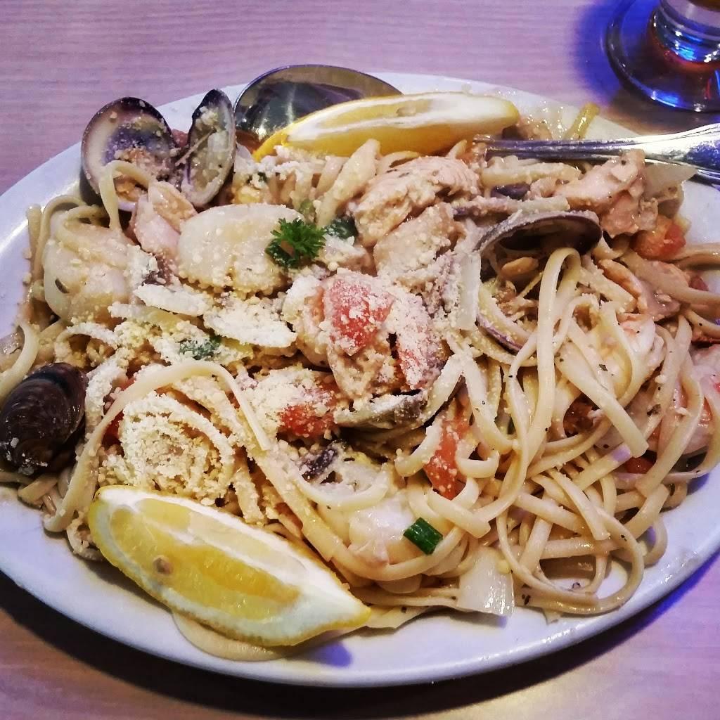 Dolphin | restaurant | 71 Municipal Wharf, Santa Cruz, CA 95060, USA | 8314265830 OR +1 831-426-5830