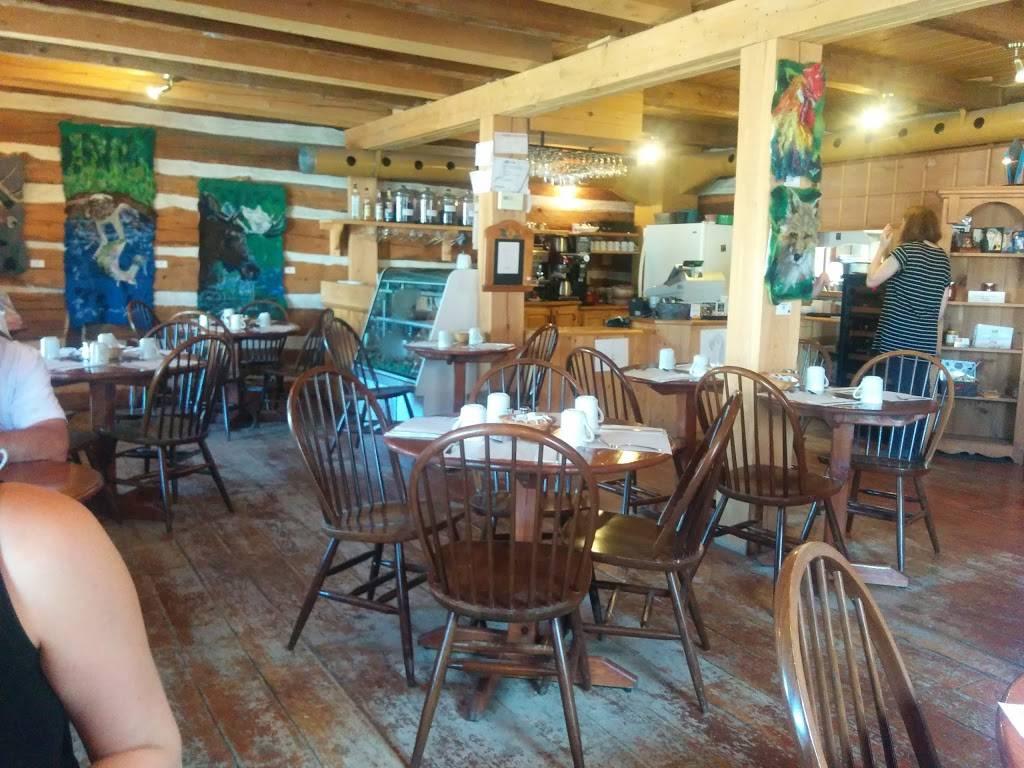 Café Des Artistes De La Lièvre   restaurant   408 Avenue de Buckingham, Gatineau, QC J8L 2G7, Canada   8192811987 OR +1 819-281-1987