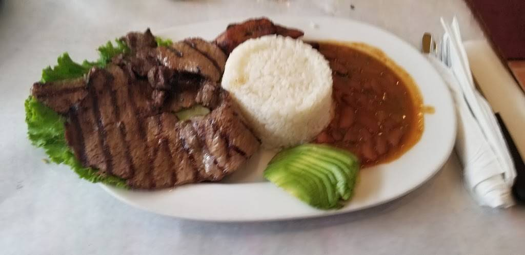 Super Pollo   restaurant   865 Woodward Ave, Ridgewood, NY 11385, USA   7184180808 OR +1 718-418-0808