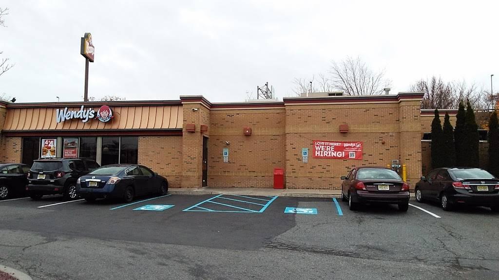 Wendys | restaurant | 16 Meadowlands Pkwy, Secaucus, NJ 07094, USA | 2018643719 OR +1 201-864-3719