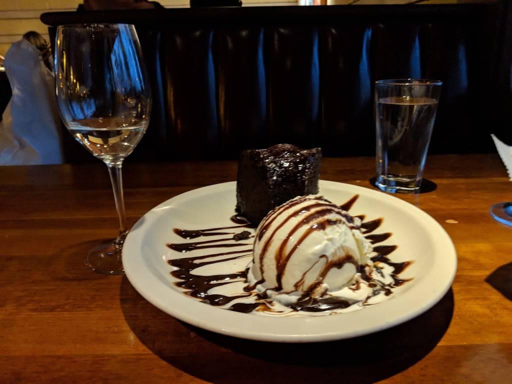 J. Alexanders Restaurant   restaurant   7440 Orchard Lake Rd, West Bloomfield Township, MI 48322, USA   2485388349 OR +1 248-538-8349
