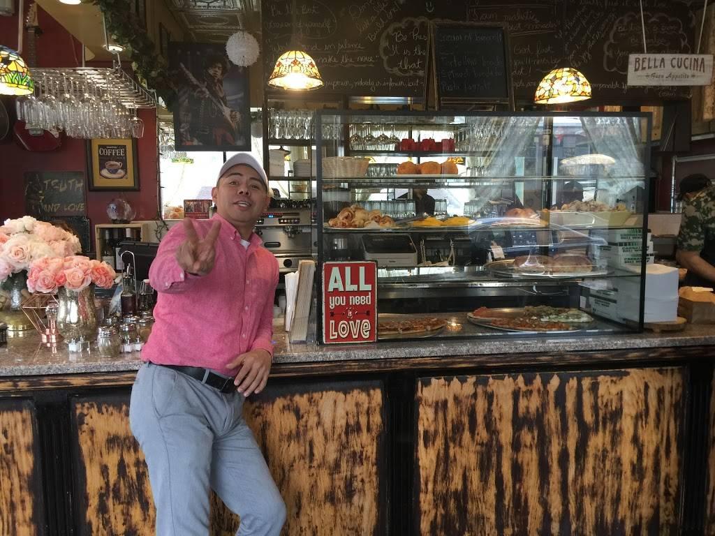 Pronto Pizzeria | restaurant | 45-19 28th Ave, Astoria, NY 11103, USA | 7182744416 OR +1 718-274-4416