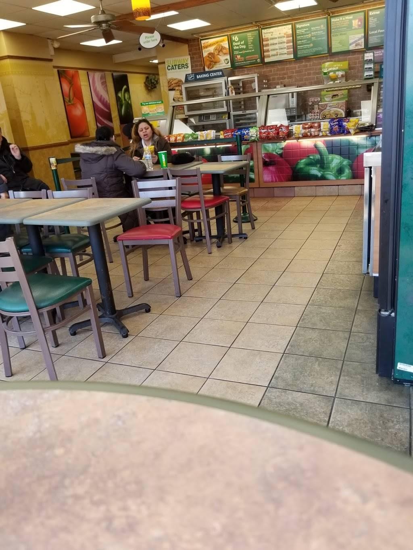 Subway Restaurants   restaurant   211 Post Ave, Westbury, NY 11590, USA   5163071270 OR +1 516-307-1270