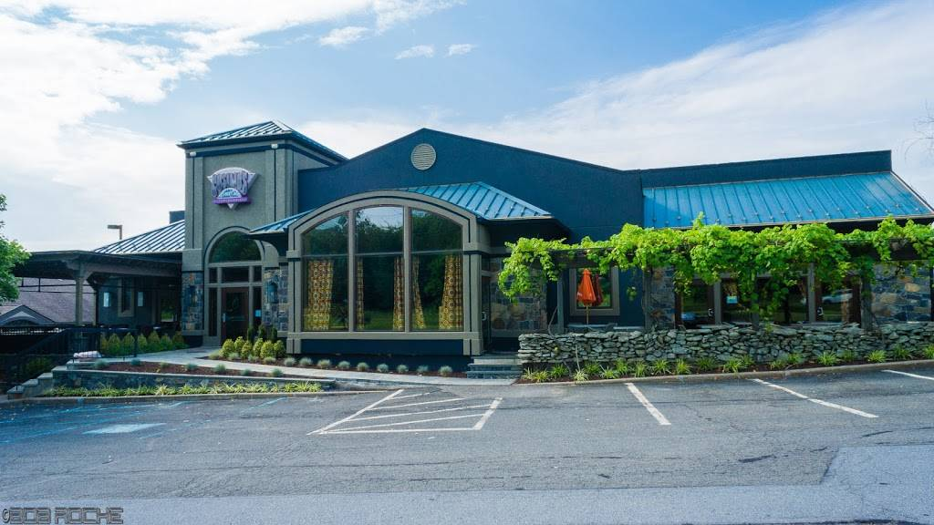Cosimos Brick Oven | restaurant | 620 NY-211, Middletown, NY 10941, USA | 8456923242 OR +1 845-692-3242