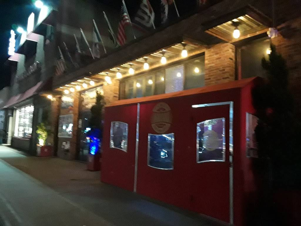 Inwood Bar & Grill   restaurant   4892 Broadway, New York, NY 10034, USA   2123043704 OR +1 212-304-3704